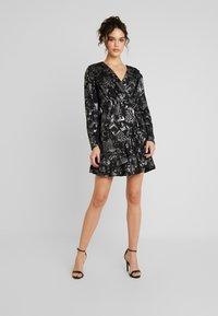 YAS - YASLAZY DRESS - Jerseykjole - black - 2