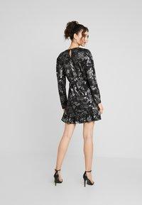 YAS - YASLAZY DRESS - Jerseykjole - black - 3