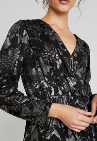 YAS - YASLAZY DRESS - Jerseykjole - black - 6