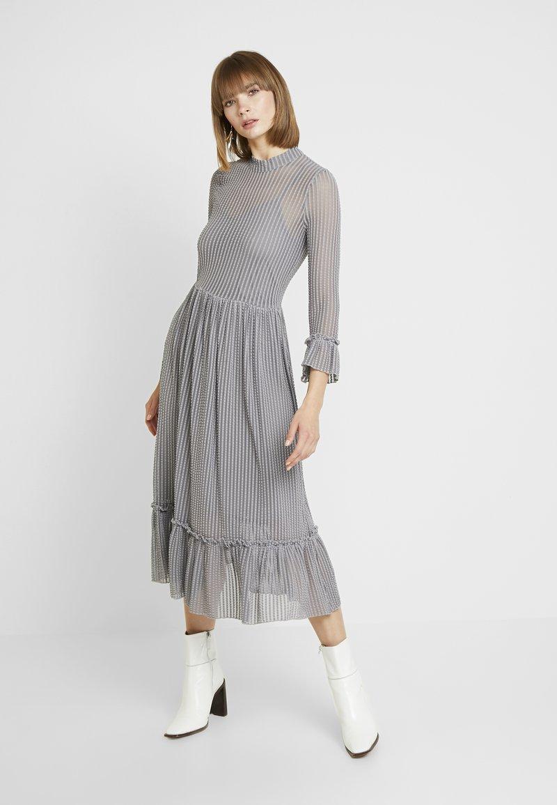 YAS - YASROSY DRESS - Denní šaty - blue