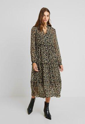YASCLARIS DRESS - Kjole - black