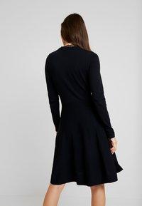 YAS - YASBECCO DRESS - Strikket kjole - black - 3