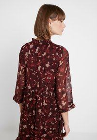 YAS - YASTIFFANI ANKLE DRESS - Maxikleid - syrah/tiffani print - 4