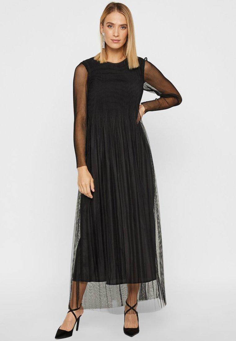 YAS - Maxi dress - black