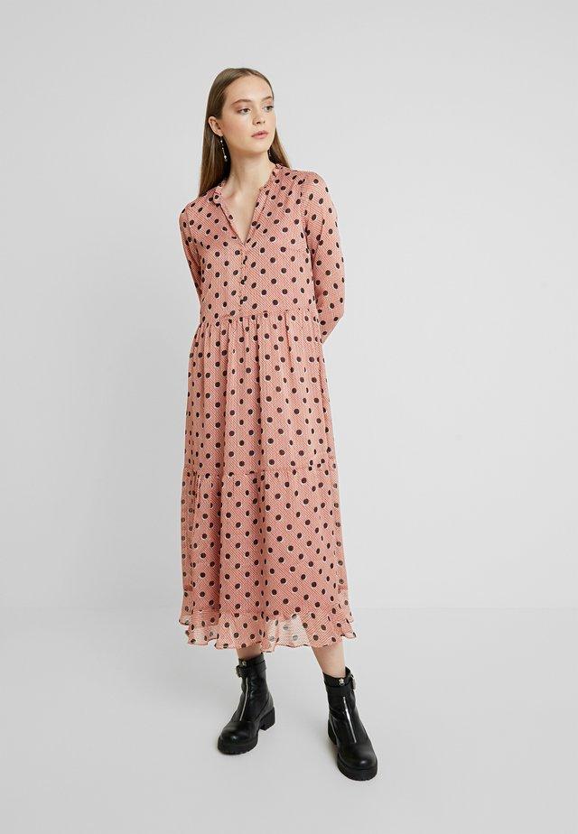 YASMONJA DOT DRESS - Korte jurk - mocha bisque/black