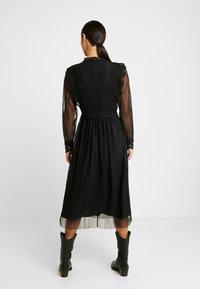 YAS - YASSOPHIA MIDI DRESS - Sukienka koktajlowa - black - 3