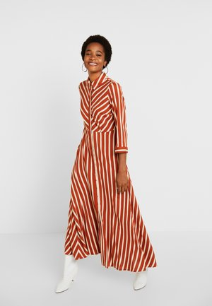 YASSAVANNA LONG DRESS NEW - Maxi-jurk - bombay brown/creme