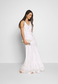 YAS - YASSAVANNAH DRESS CELEB - Robe longue - star white - 1