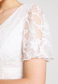 YAS - YASANASTASIA TRAIN DRESS - Iltapuku - star white - 8