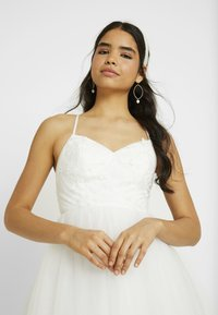 YAS - YASZETIA STRAP MAXI DRESS - Iltapuku - star white
