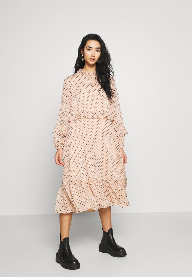 YASAIDA MIDI DRESS - Korte jurk - misty rose