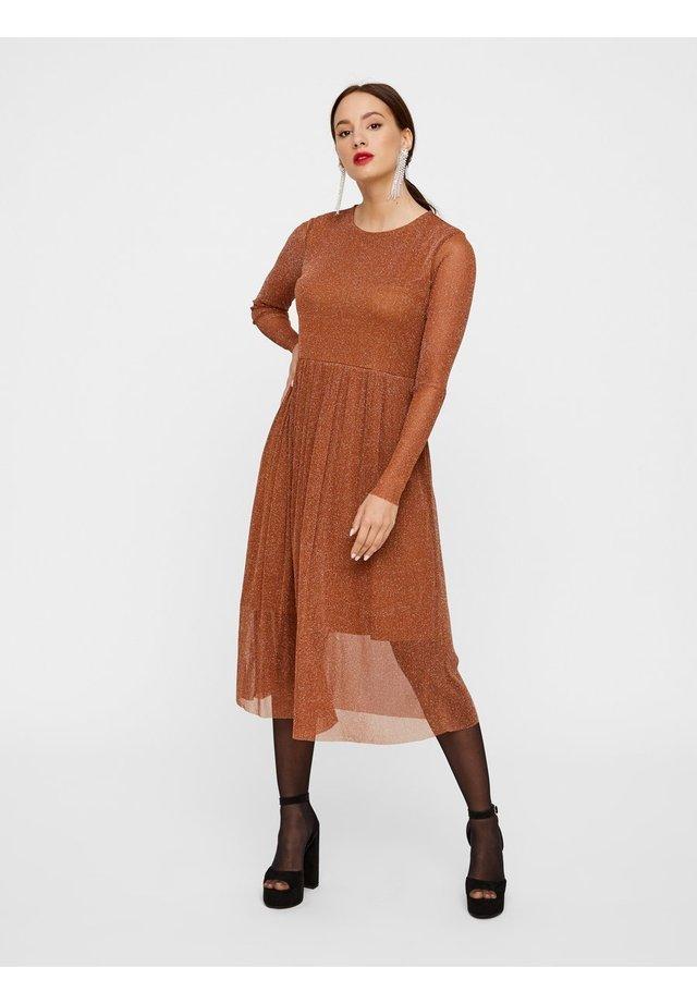 HALBTRANSPARENTS  - Korte jurk - caramel