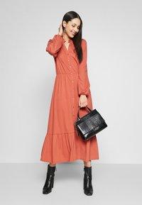 YAS - YASJUNE DRESS - Vestito di maglina - bruschetta - 1
