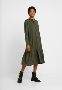 YAS - YASCHECKIE DRESS - Skjortekjole - olive night - 0