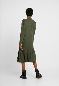 YAS - YASCHECKIE DRESS - Abito a camicia - olive night