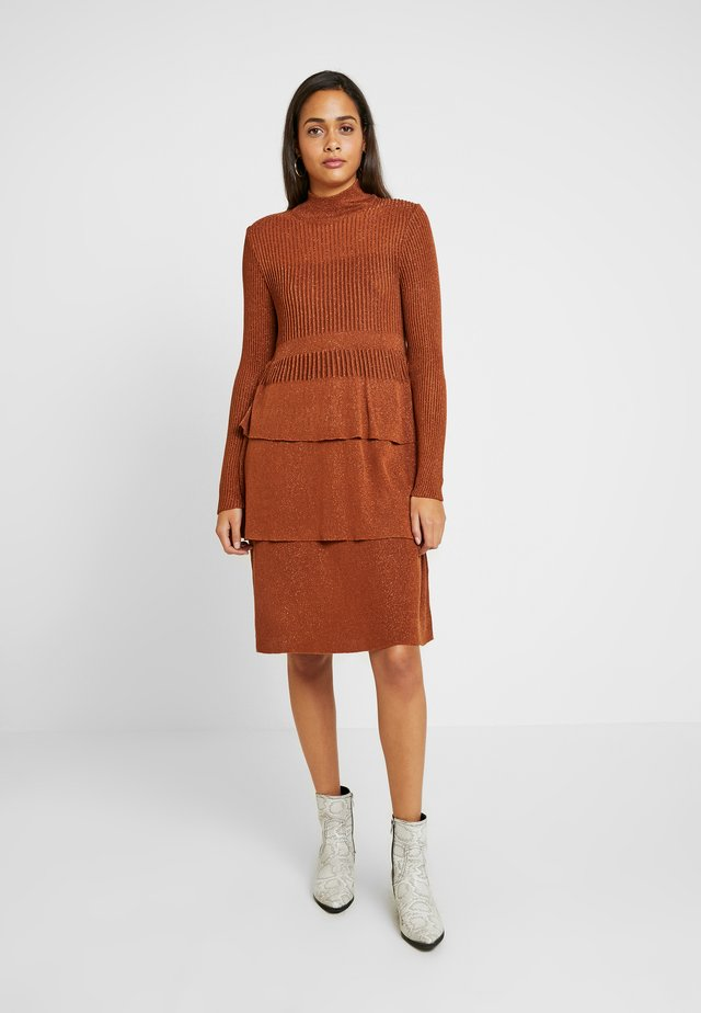 YASLILAH KNIT DRESS - Jumper dress - copper brown
