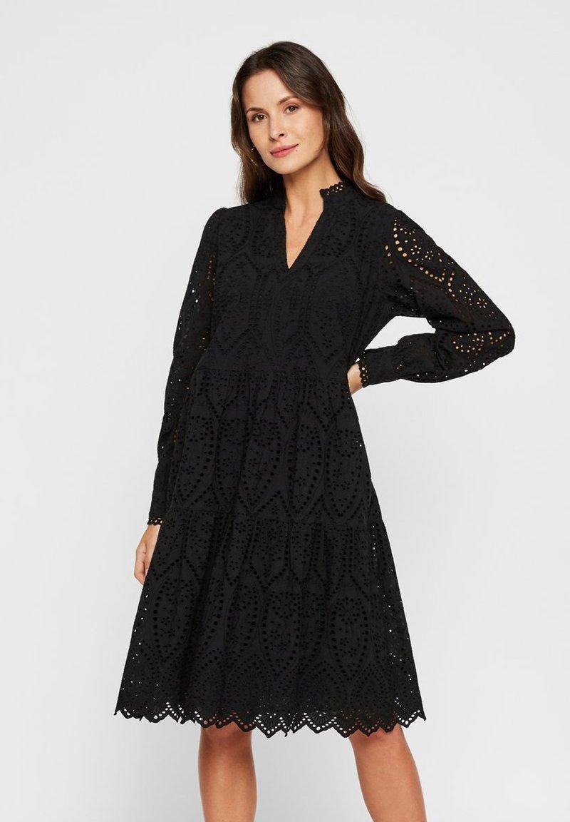 YAS - YASHOLI - Robe d'été - black