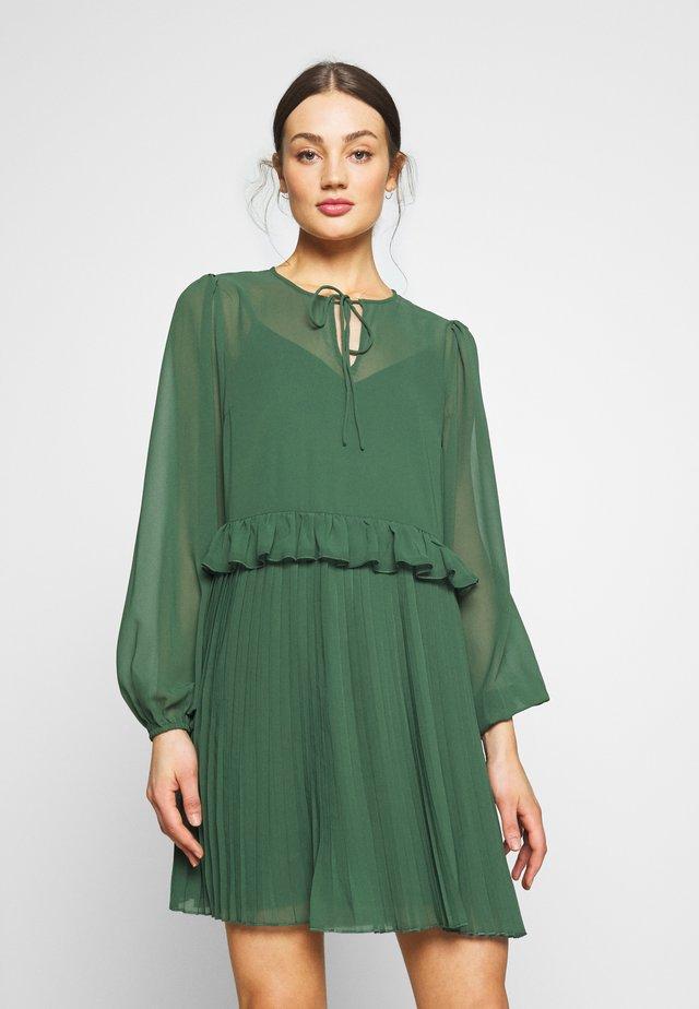 YASKULBIR DRESS - Sukienka letnia - greener pastures