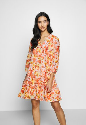 YASSIRI DRESS - Day dress - rosewater/siri