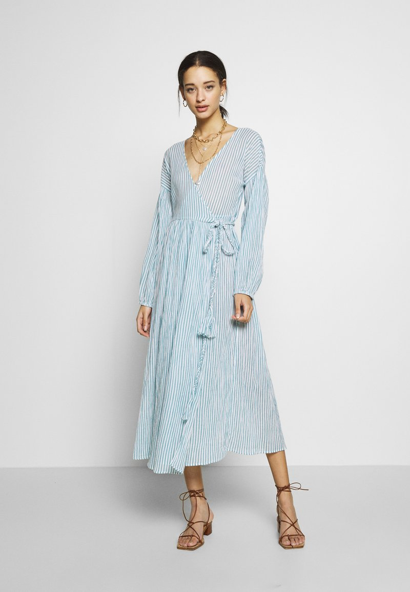 YAS - YASMALTA MIDI DRESS - Denní šaty - sea foam/white