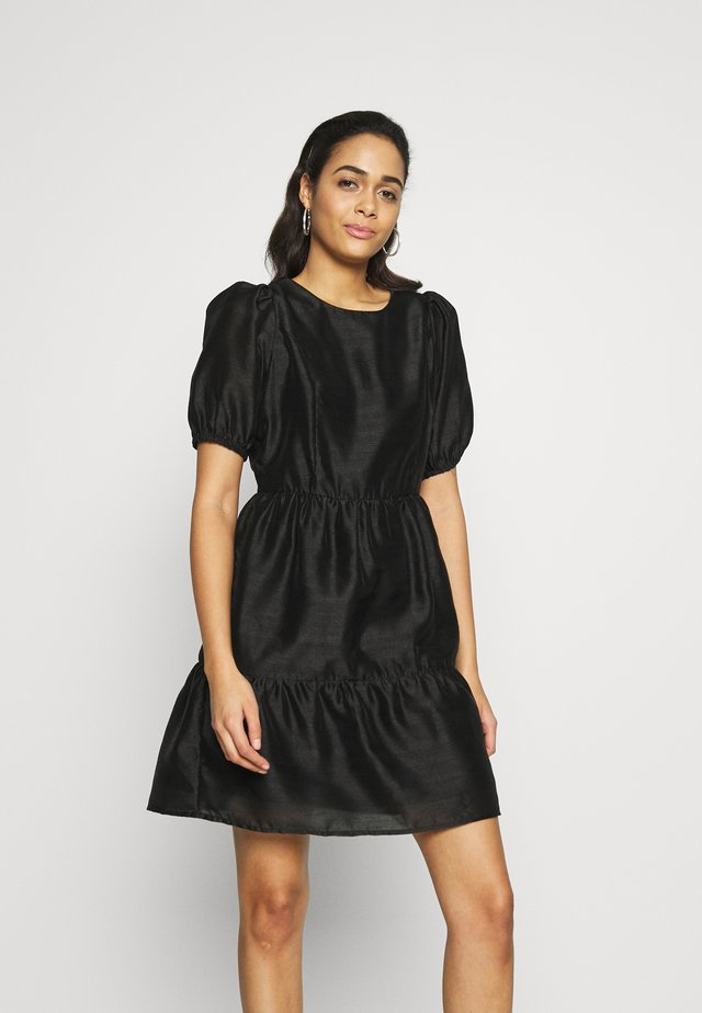 YASAGNES DRESS - Denní šaty - black