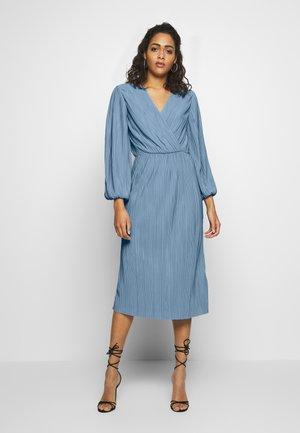 YASOLINDA 7/8  - Korte jurk - forever blue