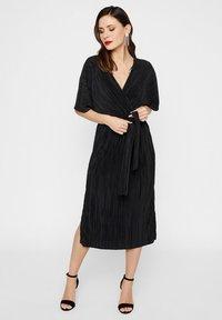 YAS - YASOLINDA  - Korte jurk - black - 1