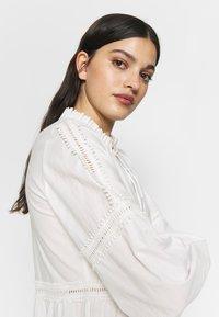 YAS - YASVIGGA DRESS - Robe longue - star white - 6