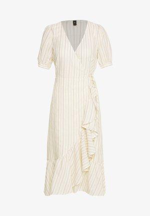 YASJULIE DRESS  - Vapaa-ajan mekko - star white/nugget gold