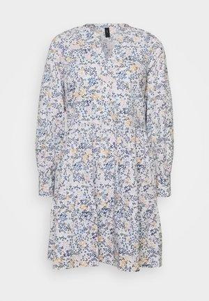 YASFIELDA DRESS - Blusenkleid - star white