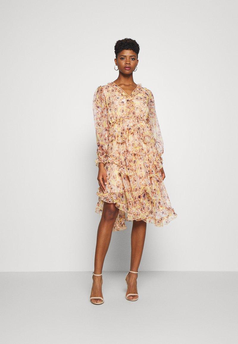 YAS - YASLUSAKA DRESS - Vestito elegante - light pink