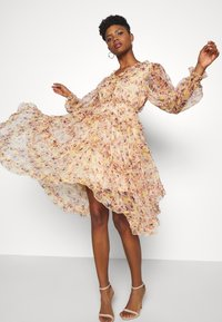 YAS - YASLUSAKA DRESS - Vestito elegante - light pink - 4