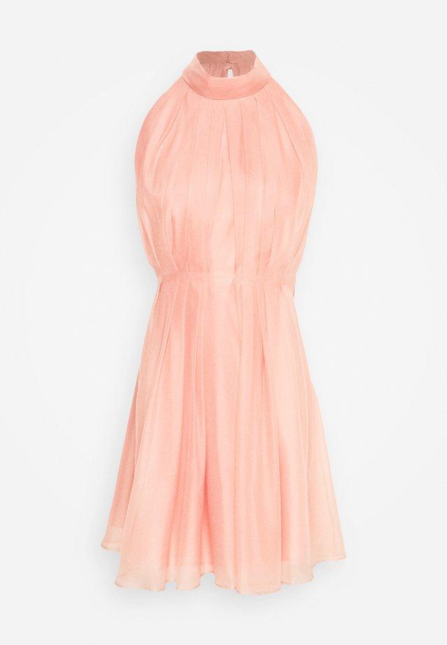 YASLONDON HALTERNECK DRESS SHOW - Cocktailkleid/festliches Kleid - cantaloupe