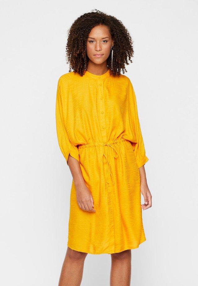 YASSNICKA  - Shirt dress - cadmium yellow