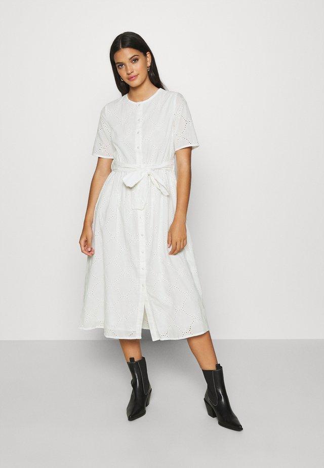 YASMARA SS MIDI DRESS - Denní šaty - eggnog