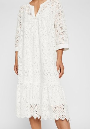 YASMILIVANNA - Korte jurk - star white