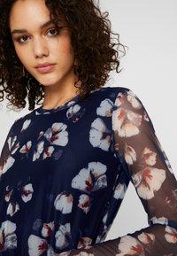 YAS - YASLARY - T-shirt à manches longues - dark blue - 4