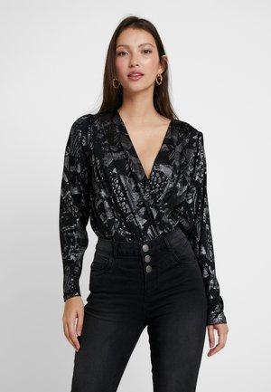 YASLAZY - Pitkähihainen paita - black