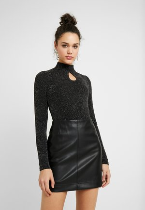 YASLORETTA SHOW - Long sleeved top - black/silver