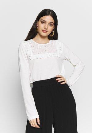 YASLEONORA - Langærmede T-shirts - star white