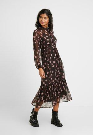 YASMIRAL LONG DRESS - Blusenkleid - mole/mira