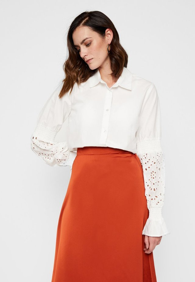 HEMD LOCHMUSTERÄRMEL - Button-down blouse - star white