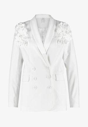 BRIDAL YASISSA - Pitkä takki - star white