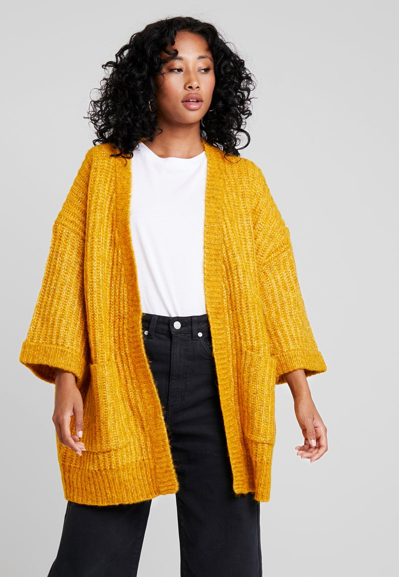 YAS - YASSUNDAY CARDIGAN - Chaqueta de punto - golden yellow