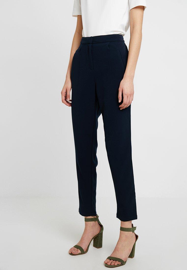 YAS - YASCLADY SPRING CROPPED PANT - Pantaloni - dark sapphire
