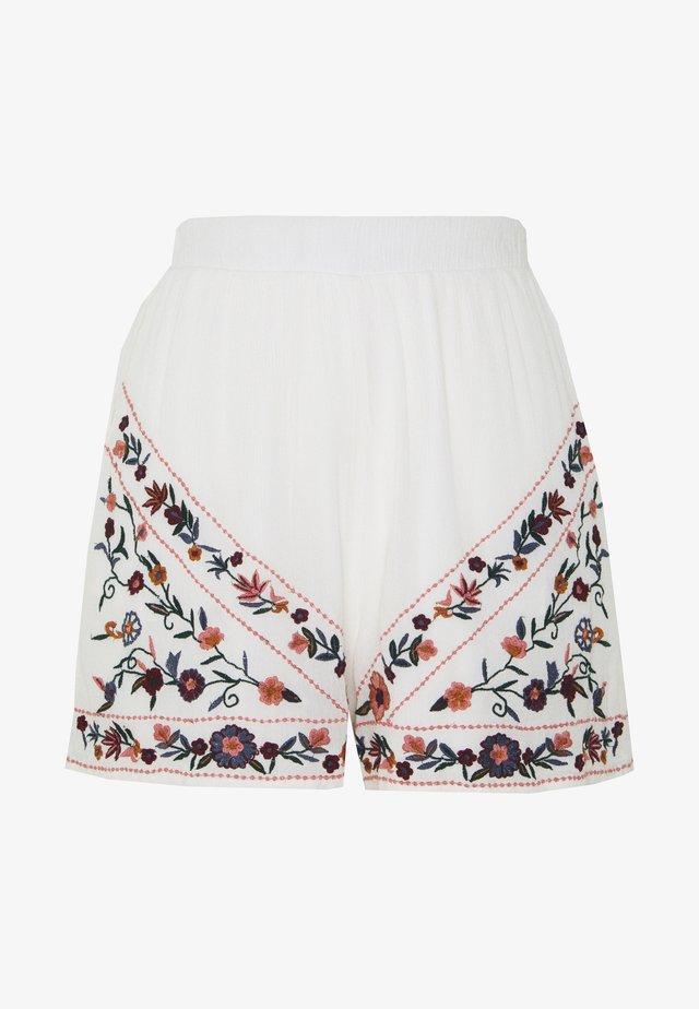 YASCHELLA FEST - Shorts - star white