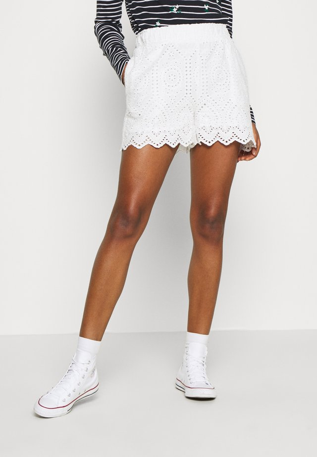 YASHOLI  - Shorts - star white