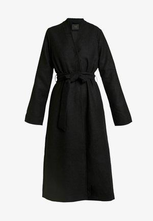 YASSTEVA COAT - Zimní kabát - black