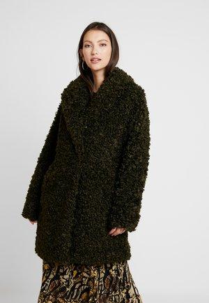 YASBLUEBEAR COAT - Abrigo de invierno - beech