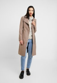 YAS - YASESMEE COAT - Zimní kabát - camel - 1